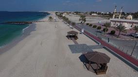 أشغال الشارقة تنجز ممشى مطاطي ومبنى للخدمات على شاطئ الحمرية