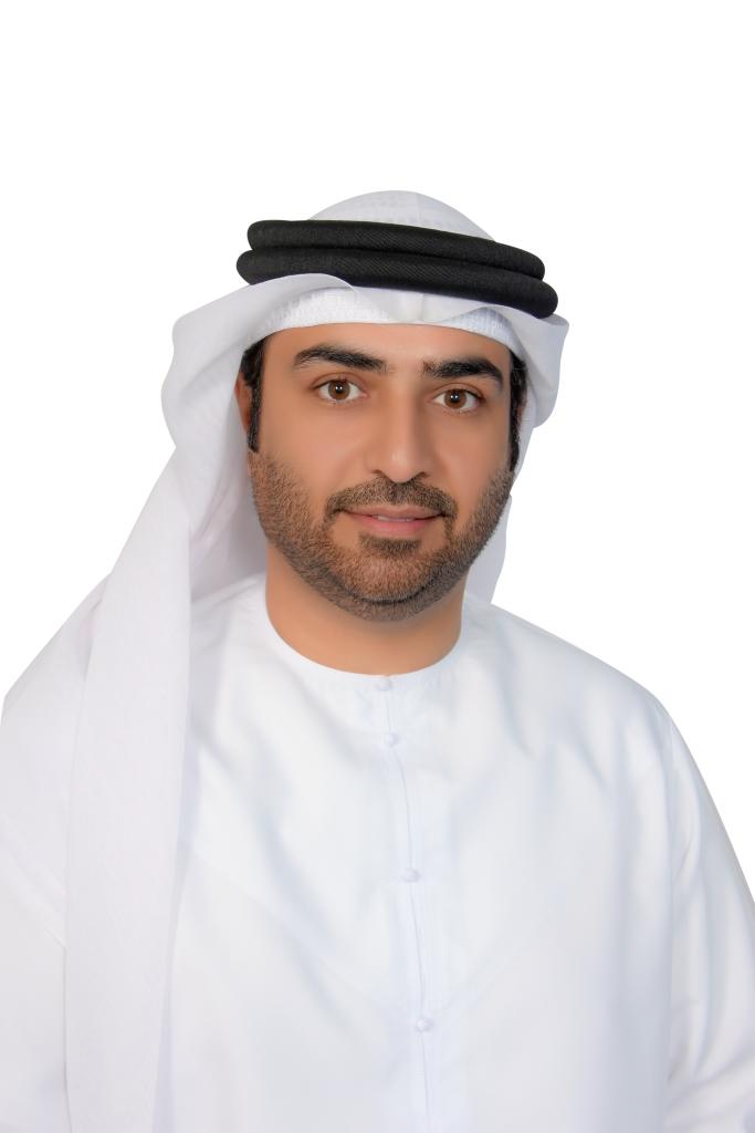سعادة المهندس علي بن شاهين السويدي - رئيس الدائرة (002)
